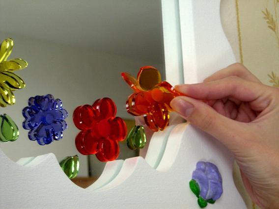 Como se hacen estas figuritas de gel que se adhieren al - Como se hacen los espejos ...