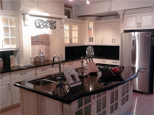 Remodelacion de gabinetes de cocinas clasificados for Remodelacion de cocinas