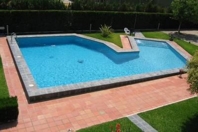 Construcci n y reparaci n de piscinas clasificados for Construccion de piscinas en chile